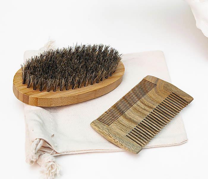 RAZ494 Набор: гребень и расческа для бороды с мешочке фото 04