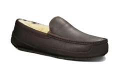 /collection/moccasins-ascot/product/ugg-ascot-chocolate-leather
