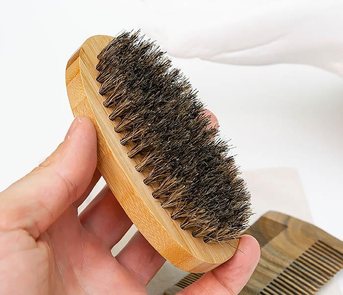 RAZ494 Набор: гребень и расческа для бороды с мешочке фото 05