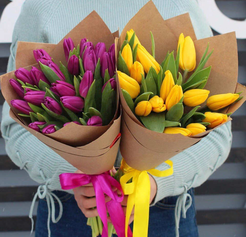 Тюльпаны яркий микс от 9шт