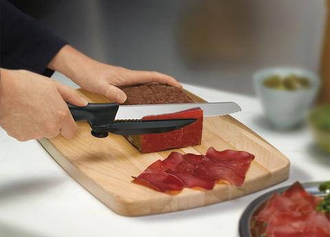 Нож Victorinox с упором для отрезания равномерных ломтиков, черный