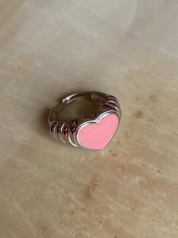 Кольцо Лавли розовое, серебряный цвет