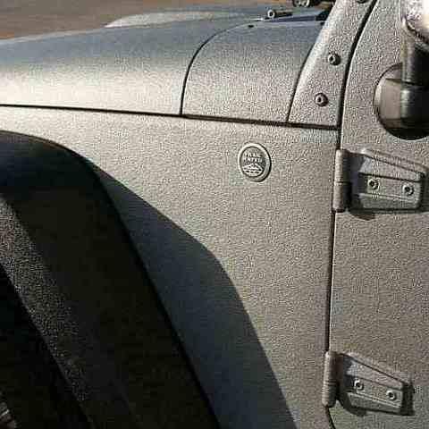 Покраска Раптором Jeep Wrangler