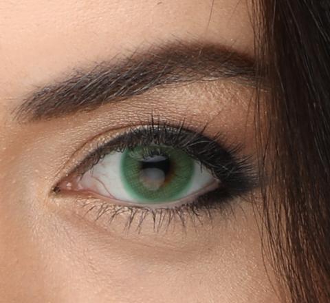 Зеленые  линзы на 12 мес Marquise emerald / Маркиза - гарантированно перекрывает темный цвет глаз/Изумрудные линзы для карих глаз