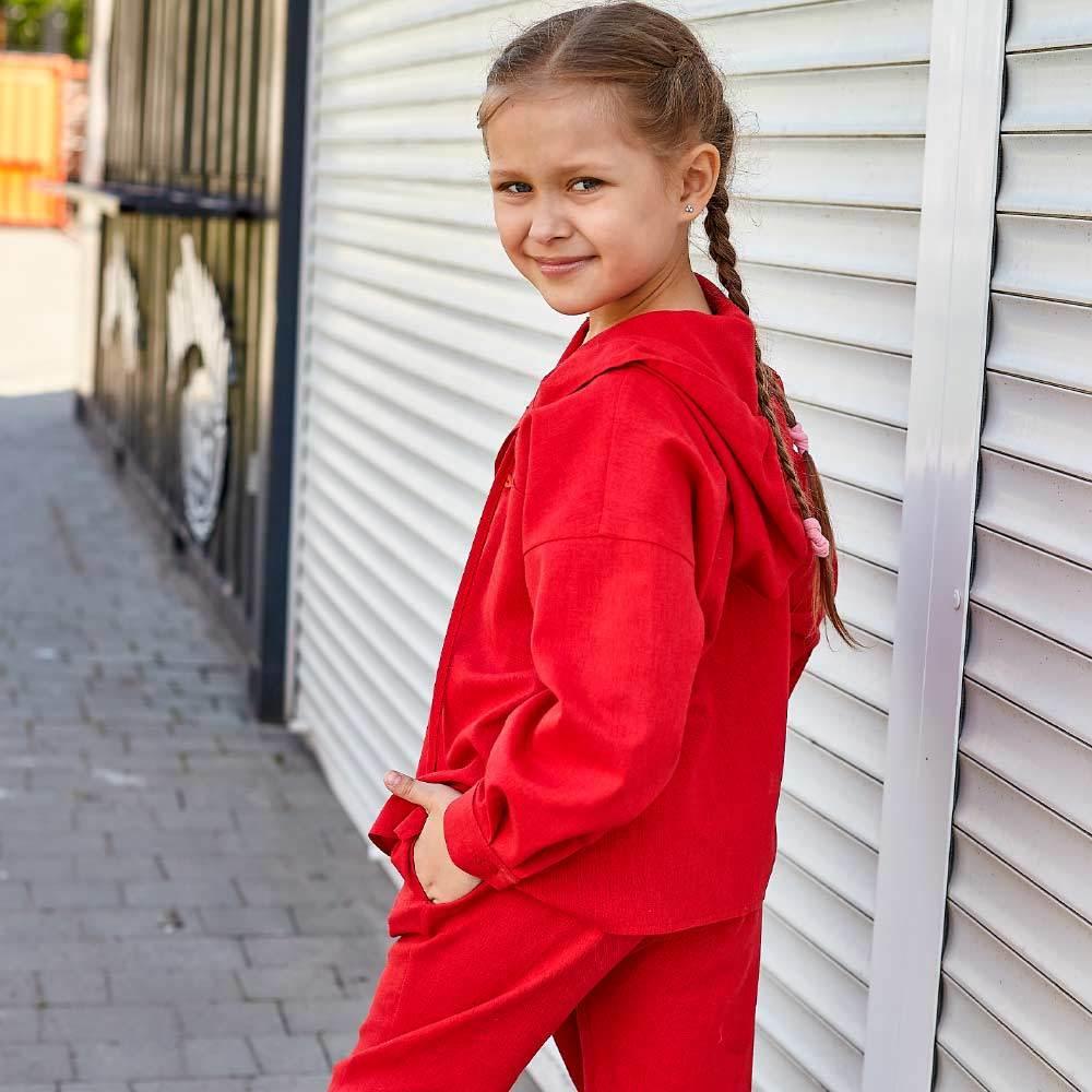 Дитячий костюм з льону для дівчаток в червоному кольорі