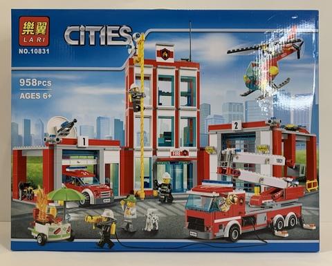 Сити 10831  Пожарная часть  958 дет, Конструктор