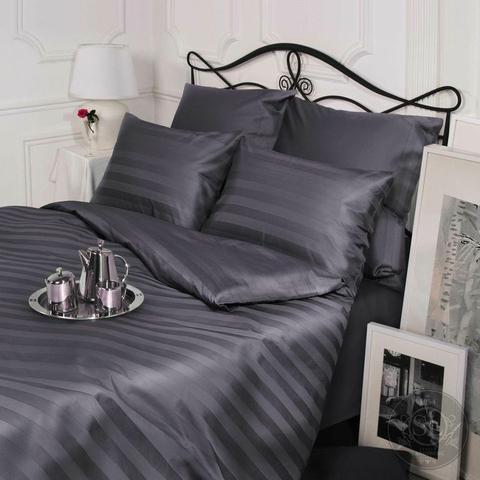 Комплект постельного белья с простыней на резинке. Страйп-сатин (100% хлопок), плотность 135 г/м2. Серый