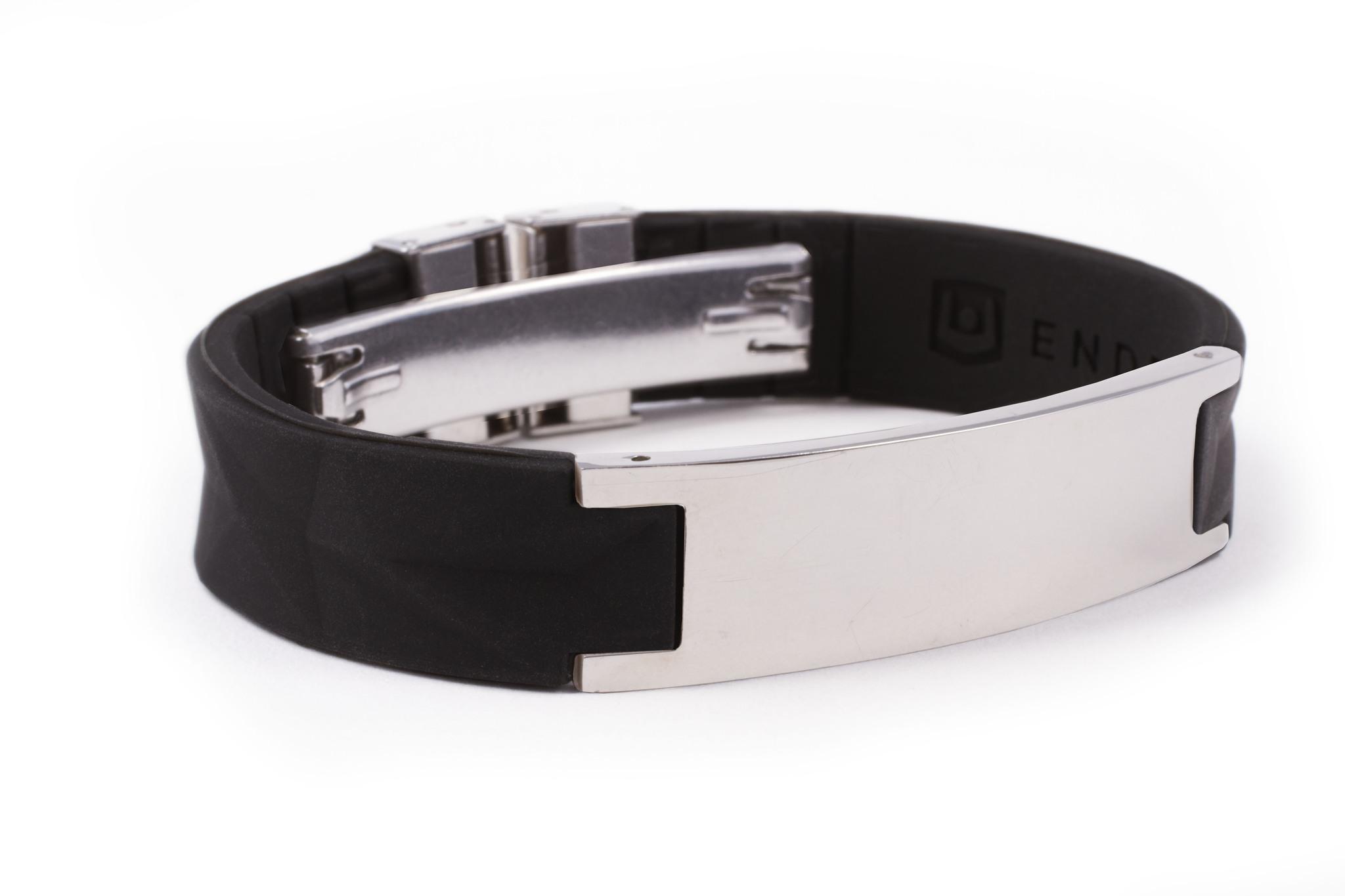 Браслет PureStrength T1i New серия черный/серебристый Уцененный, небольшие царапины на металлической вставке