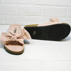 Модные женские шлепанцы на плоской подошве Comer SAR-15 Pink.