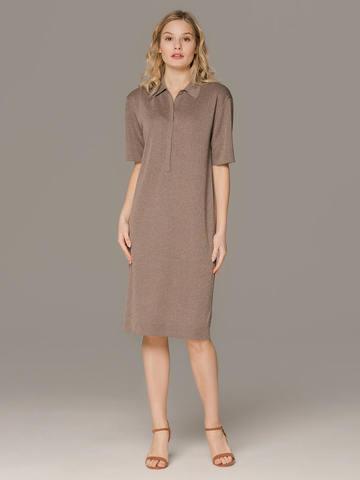 Женское платье коричневого цвета с коротким рукавом - фото 1
