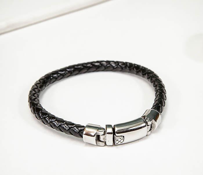 BM584 Мужской браслет шнур из кожи черного цвета