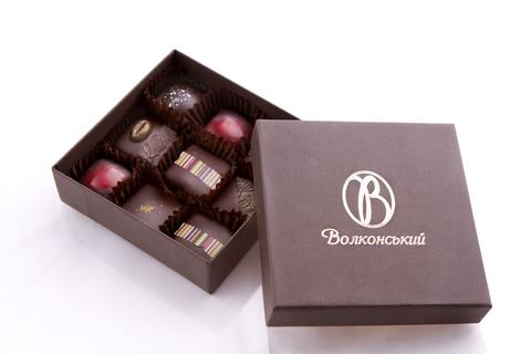 Набір шоколадних цукерок 18 шт.