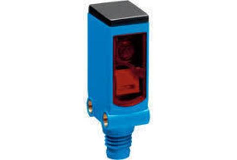 Фотоэлектрический датчик SICK WLG4SC-3P2232S12