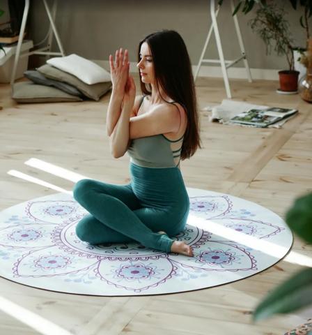 Коврик для йоги и медитации Снежинка из замши и каучука 140*140 см