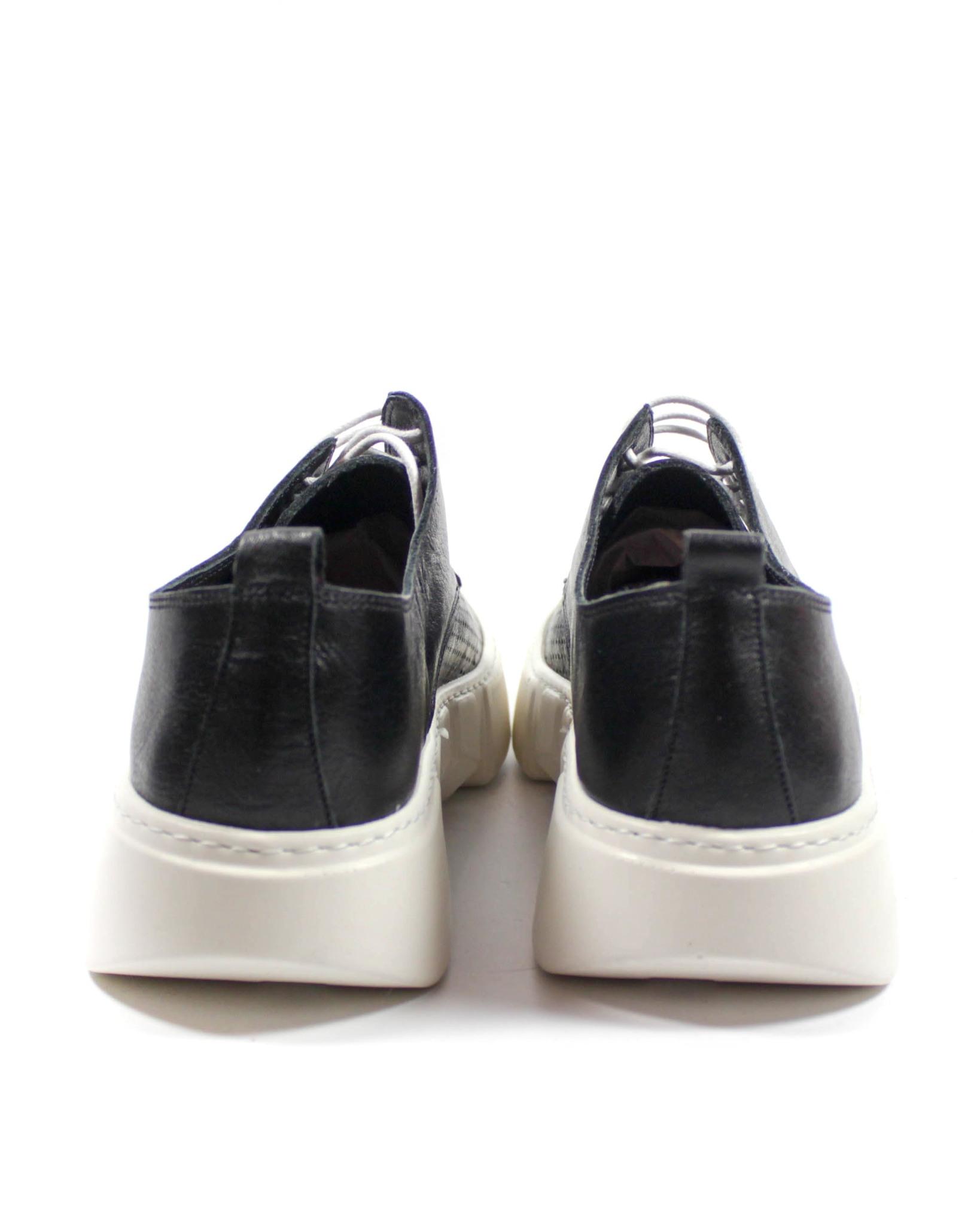 черные кеды SM