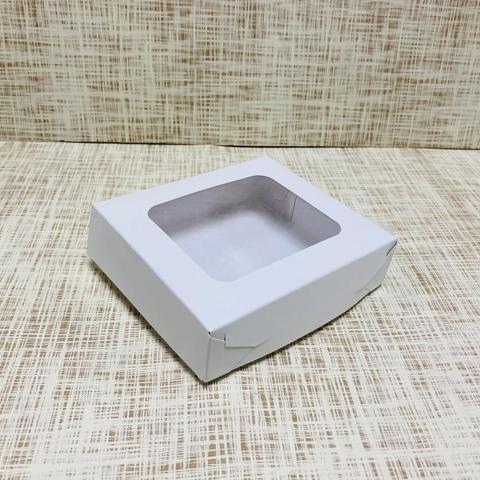 Коробка 13х11.5х3.5 см, картон, с окошком,