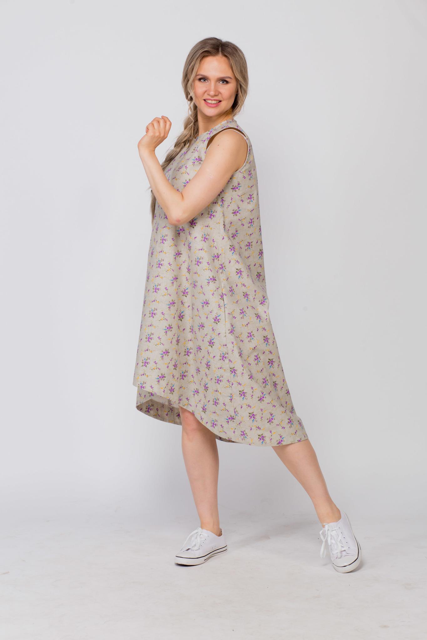 Платье льняное Очарование в кедах сбоку