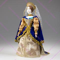 Сувенирная кукла в костюме статс-дамы