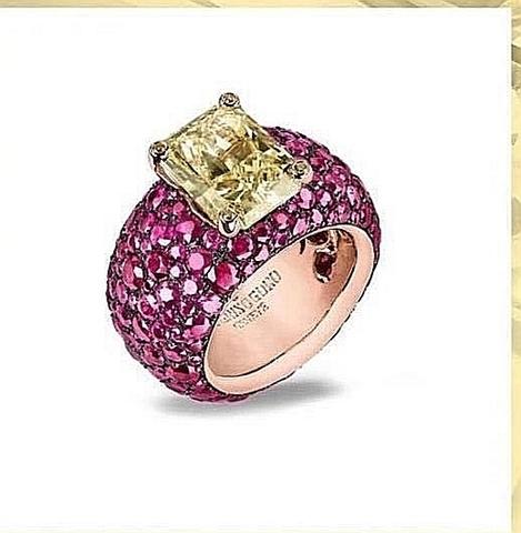 16621- Роскошное кольцо из серебра с жёлтым кварцем и рубиновыми микроцирконами