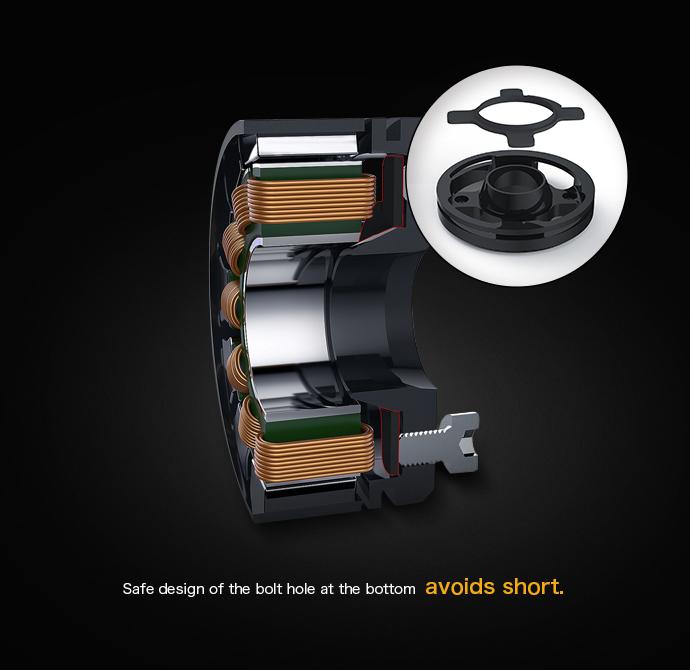 Мотор конструктивно защищён от стружки, иной раз возникающей при креплении болтами к мотормаунту