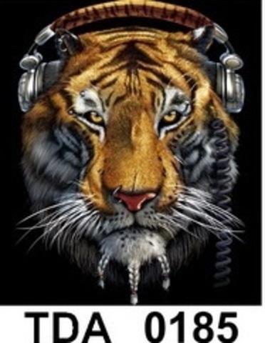 TDA 0185 Тигр в наушниках  XL