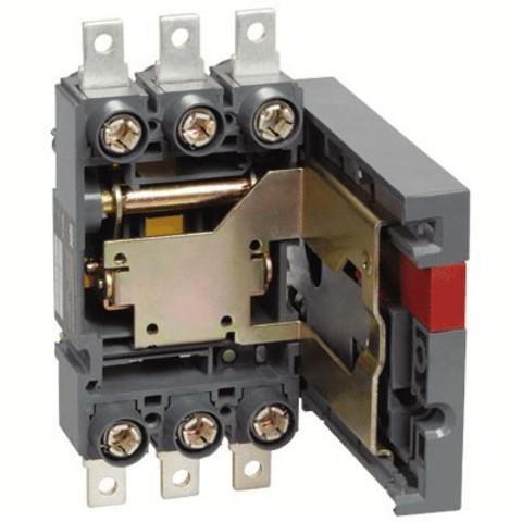 ПМ2/В-40 выдвижная с присоединением к вертикальным шинамTDM