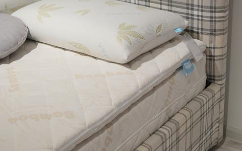 Кровать Sontelle Менди с основанием