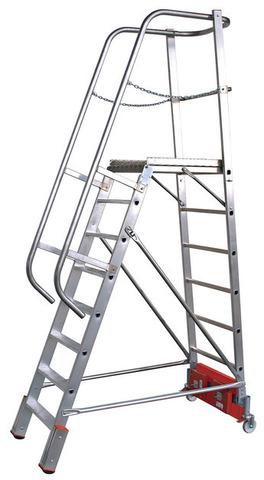 Лестница с платформой VARIO, траверса  750  9 ступ.