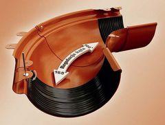 Угол желоба регулируемый коричневый 120-145° пластик