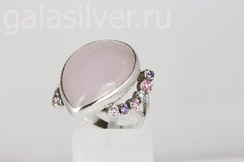Кольцо с розовым кварцем и фианитом из серебра 925