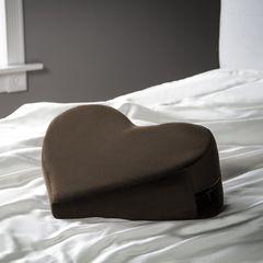 Кофейная подушка для любви Liberator Retail Heart Wedge -
