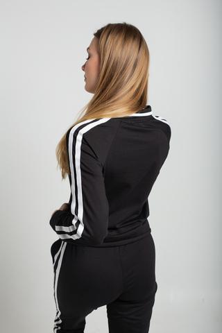 Спортивный костюм черного цвета с полосами недорого