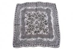 Итальянский платок из шелка черно-белый 0776