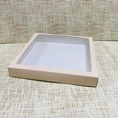 Коробка 25х25х3.5 см, картон, с окошком,