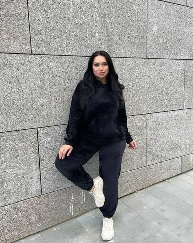 Велюровый костюм  Линда Plus Size черный