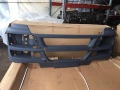 Бампер передний МАН ТГС серый пластик, без крепления датчика ACC. MAN TGS 2007> 81416100408