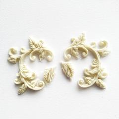0618 Молд силиконовый Завитки парные с листьями