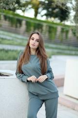 Зеленый спортивный костюм женский nadya