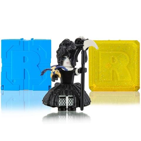 Роблокс Экшн-коллекция Звездный Женский Клуб: Трекса, Темная Принцесса и 2 Кубика Мистери