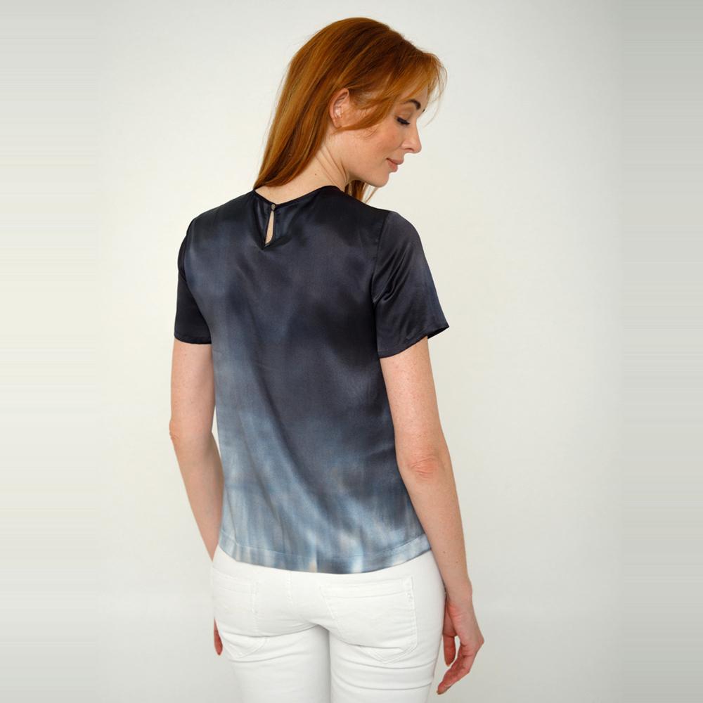 Шелковая блузка батик Black&White