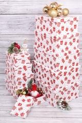 Набор подарочных коробок из 10шт - Прямоугольник НГ Подарки красные, 1 набор.