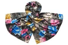 Палантин черный с цветами 1505