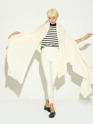 Женский шарф молочного цвета из 100% шерсти - фото 2