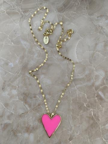 Колье из позолоченного серебра с сердечком из розовой эмали
