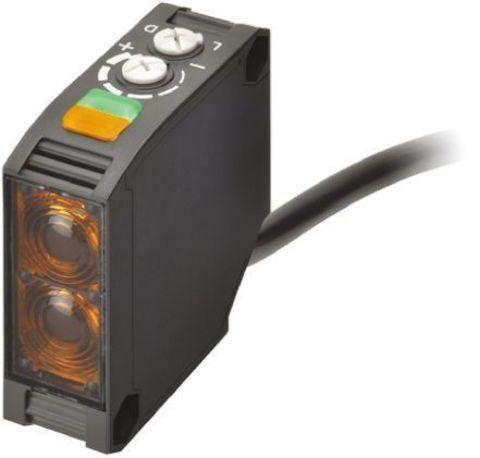 Фотоэлектрический датчик Omron E3JK-RR12 2M