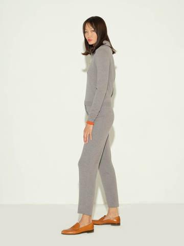 Женские брюки серого цвета из шерсти и шелка - фото 4