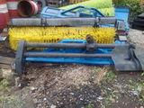 Оборудование щеточное (без щетки) на КО-713Н