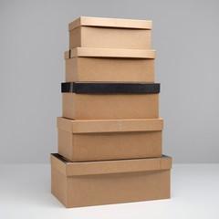 Подарочная крафтовая коробка с наполнителем