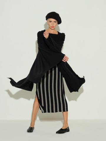 Женский шарф черного цвета из 100% шерсти - фото 4