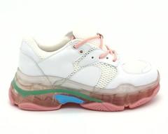 Белые кожаные кроссовки на контрастной платформе
